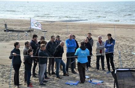 Teambuilding on the beach  - Foto 1