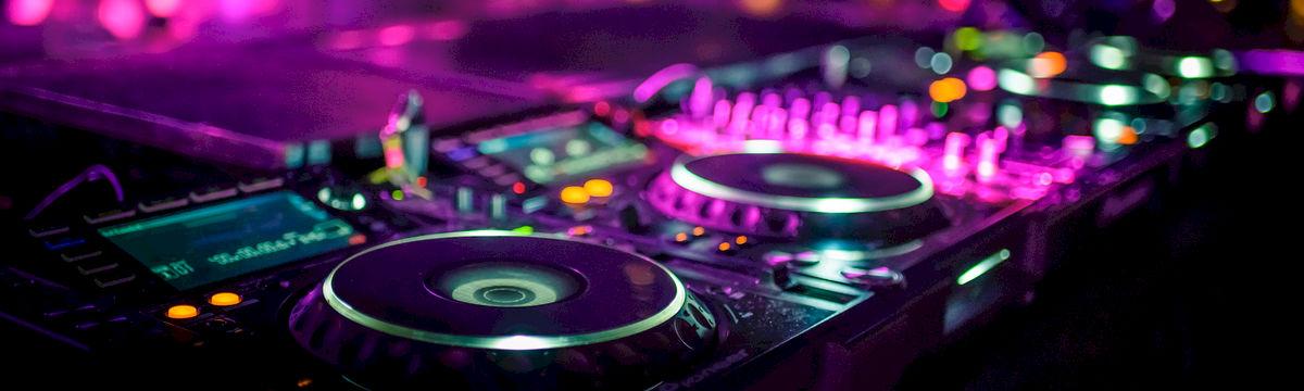 DJ - DJs