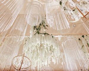 23 Ideen für Blumenleuchter zur Dekoration Ihres Veranstaltungsortes